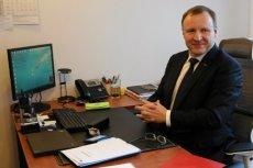 Jacek Kurski nie będzie zachwycony, jeśli Senat wprowadzi ograniczenia czasu reklamowego w telewizji. Szef TVP oblicza straty publicznego nadawcy na kilkaset milionów złotych rocznie.