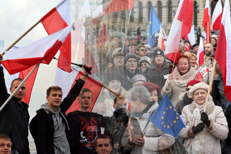 Młodzi w KOD nic, w porównaniu z tym, ilu młodych jest w ruchach skrajnie prawicowych.