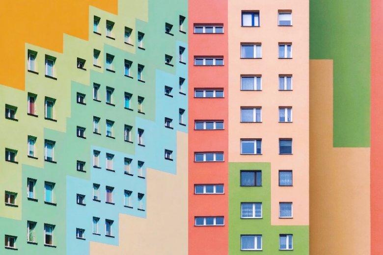 Wikaliński fotografuje nie tylko w Radomiu. Na jego profilu znajdziemy zdjęcia bloków z wielu polskich miast