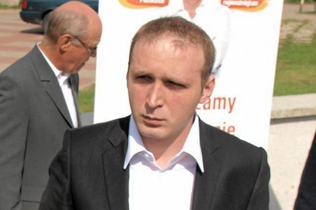 Poseł Adam Rybakowicz musi zapłacić mandat i przekazać 5 tys. zł na leczenie uzależnień