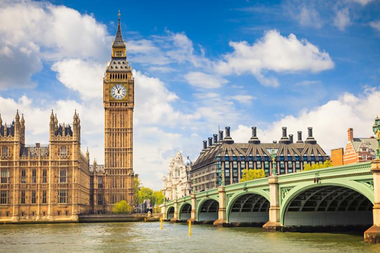 Badania wykazały, że Wielka Brytania zyskuje na imigrantach