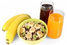 Musli, soki, świeże owoce..., czyli góra cukru