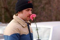 "Kadr z filmu ""Miłość Larsa""."