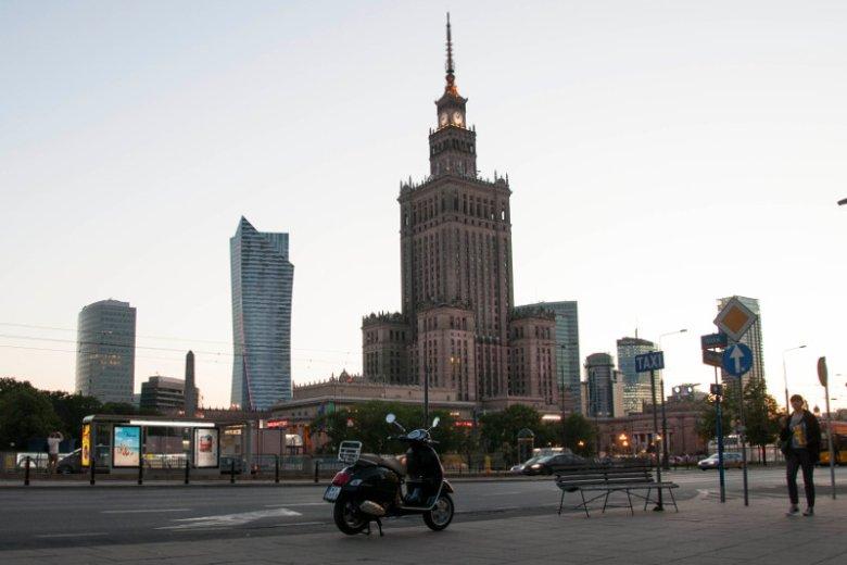 Vespą po Warszawie, czyli objazd 6 wakacyjnych miejscówek, które każdy powinien znać