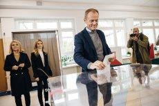 Donald Tusk głosował z rodziną w Sopocie.
