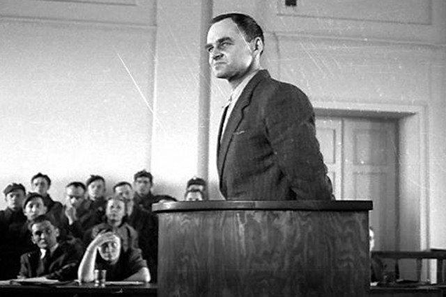 Rotmistrz Witold Pilecki podczas procesu pokazowego. Marzec 1948 roku.