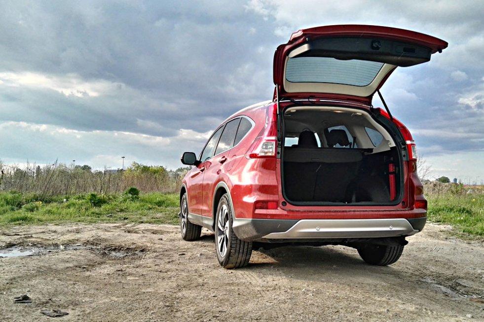 Honda CR-V to samochód, który zachęca do dłuższych podróży.