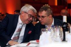 Ryszard Czarnecki i jego syn Przemysław, poseł PiS i wiceprzewodniczący Sejmowej Komisji Spraw Zagranicznych. Obaj stali się bohaterami taśm Morawieckiego.