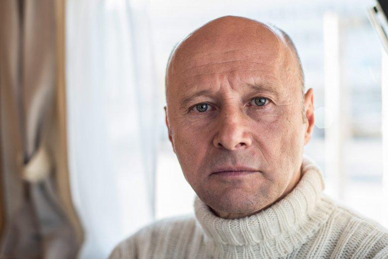 Aktor Krzysztof Pieczyński został brutalnie pobity w Warszawie