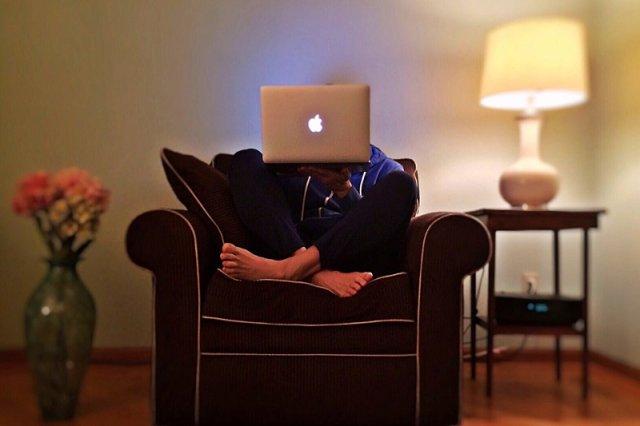 Polacy są w czołówce internautów blokujących reklamy wyświetlane w sieci