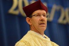 Rektor UW prof. Marcin Pałys ocenił, że w Polsce mamy do czynienia z inwazją postaw antynaukowych
