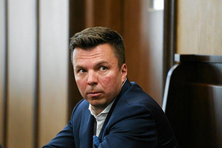 Marek Falenta miał się zgłosić w celu odbycia kary więzienia. Policja wciąż go szuka.