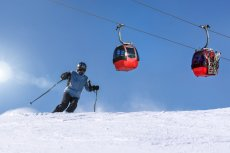 Klienci biura mieli pojechać na narty do Włoch