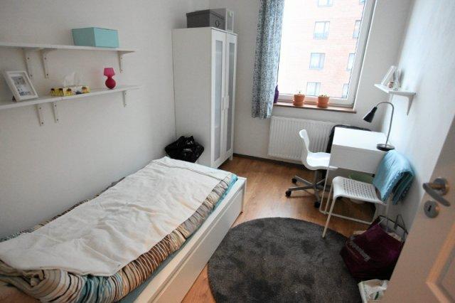 Małe mieszkania szybko znikają z rynku wtórnego. Minister Adamczyk chce je zupełnie wymieść.