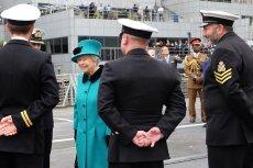 Brytyjskie media spekulują na temat abdykacji królowej Elżbiety.