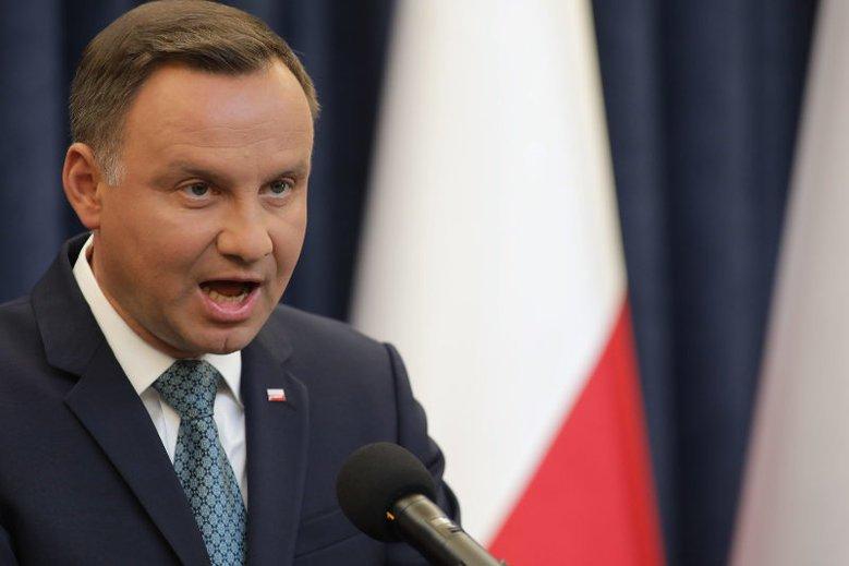Dlaczego prezydent Andrzej Duda w lipcu zawetował ustawy o KRS i SN?