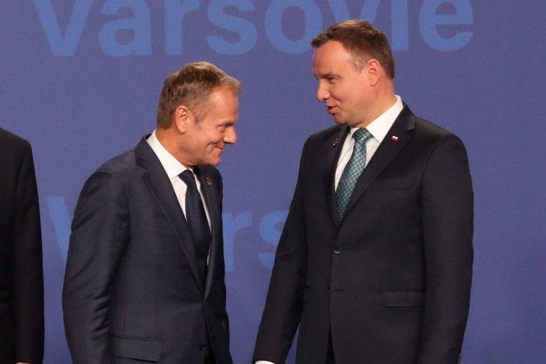 Zgodnie z nowym sondażem Andrzej Duda wygrywa wybory prezydenckie przed Donaldem Tuskiem w obu turach.