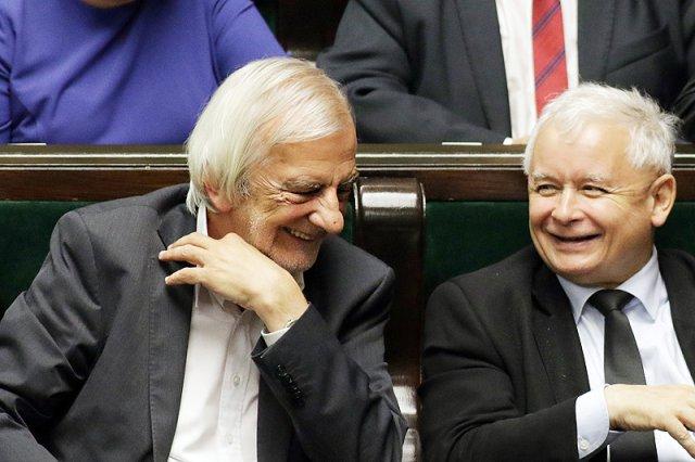 Postawa Ryszarda Terleckiego z pewnością może podobać się prezesowi Kaczyńskiemu, ale wyborcy mogą odebrać ją jako popis buty i pogardy.