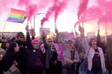 Poicja rozwiązała marsz zwolenników aborcji? Tak twierdzą uczestnicy, mundurowi są innego zdania.