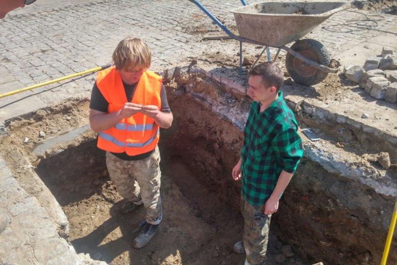 Na miejscu naukowcy odkopali liczne artefakty.
