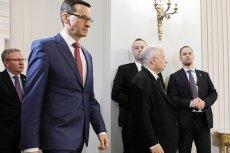 Wygląda na to, że wymiana Beaty Szydło na Mateusza Morawieckiego nie zaczarowała UE. Na Zachodzie mówi się, że tzw. sankcje dla Polski są coraz bliżej.
