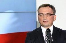 Zbigniew Ziobro przyjechał do siedziby PiS na naradę.