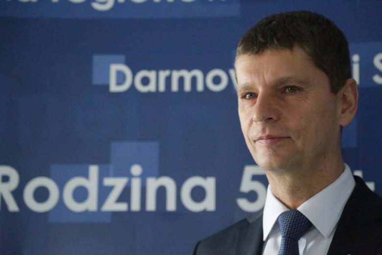 Media spekulują, że poseł PiS Dariusz Piontkowski może zastąpić Annę Zalewską.