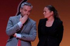 Barbara Nowacka wyciąga rękę do atakującego KO Roberta Biedronia.