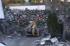 Akcja ratunkowa na gruzowisku domu zniszczonego w wyniku eksplozji gazu.