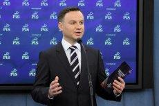 Andrzej Duda chcę budować swoją kampanię na kontraście wobec Bronisława Komorowskiego i jego przychylnej wobec waluty euro postawy.
