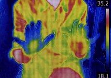 Najnowsze wyniki badań naukowych określają, ile razy w ciągu dnia należy myć ręce, by ograniczyć ryzyko zakażenia SARS-CoV-2.