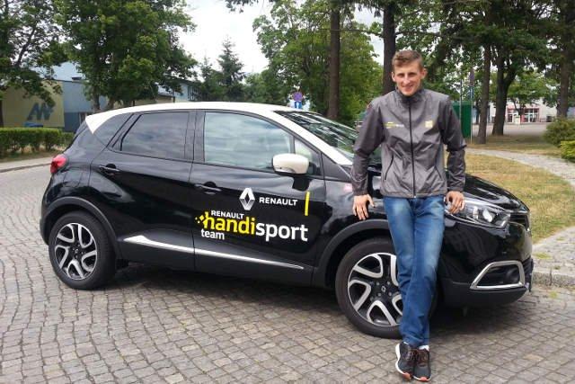 Maciej Lepiato jest także stypendystą Renault Handisport Team