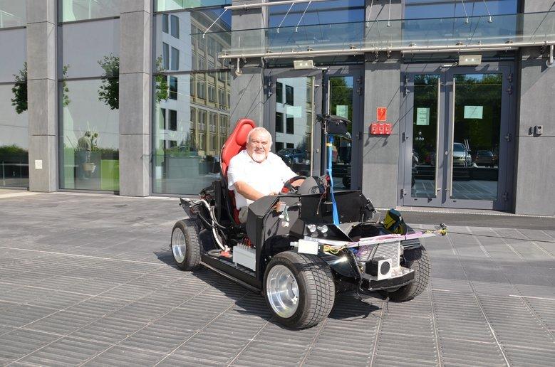 Budowany na AGH jednoosobowy samochód autonomiczny