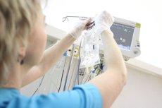 W Polsce chorzy na raka jelita grubego nie mają dostępu co najmniej do dwóch leków przedłużających znacząco życie.