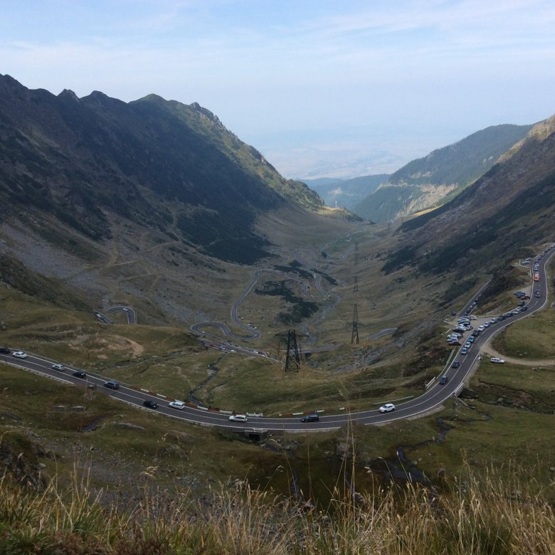 Trasa Transfogarska czyli serpentyny przez góry. Transylwania, Rumunia.