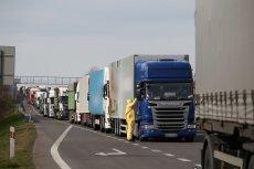 Kierowcy ciężarówek w czasie epidemii są szczególnie narażeni na zakażenie koronawirusem. Nie wszyscy zdają sobie sprawę z zagrożenia.