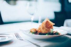 4 edycja festiwalu Fine Dining Week odbywa się w 4 miastach: Warszawie, Poznaniu, Wrocławiu i Krakowie. W wydarzeniu bierze udział ponad 40 lokali chcących promować sztukę restauracyjną na najwyższym poziomie