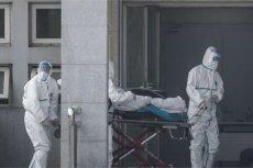 Koronawirus w Chinach zbiera śmiertelne żniwo.