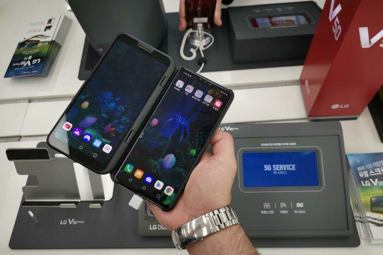 LG V50 ThinQ 5G, czyli smartfon z dodatkowym ekranem. W Korei już znajdziesz go półkach sklepowych.