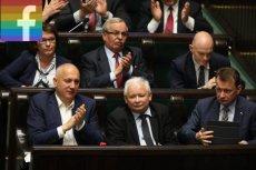 Polacy przekornie korzystają z nowej reakcji Facebooka przy postach PiS.