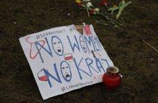 Instalacja przed Sejmem, protest kobiet w sprawie aborcji