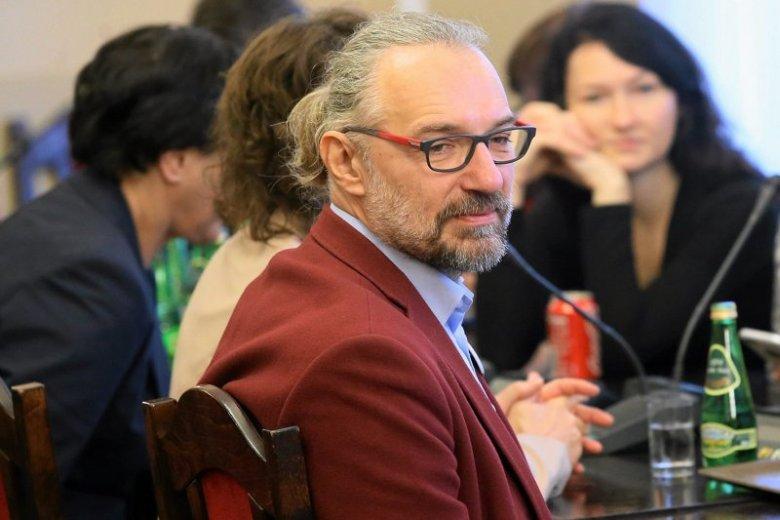 Mateusz Kijowski wzywa do marszu 13 grudnia spod dawnej siedziby PZPR-u pod biuro PiS-u przy Nowogrodzkiej.