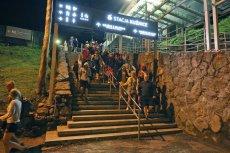 Piorun uderzył w Kasprowy Wierch. Całą noc ewakuowano turystów z kolejki.