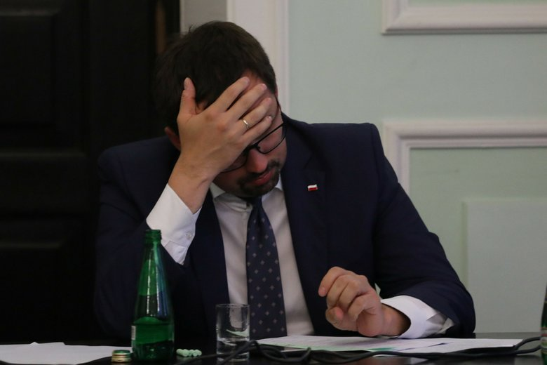 """Marcin Horała wymyślił specyficzną """"zabawę""""."""
