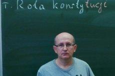 Nauczyciel Krzysztof Majsak opublikował zdjęcie z konstytucją