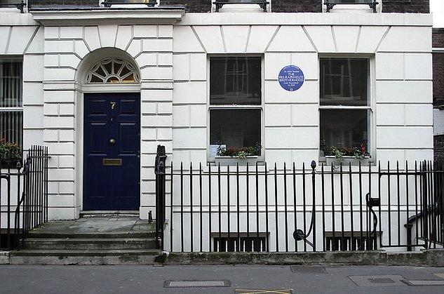 Dom, w którym założono Bractwo Prerafaelitów przy Gower Street (Bloomsbury), Londyn