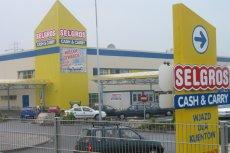 Selgros działa w Polsce od 1997 roku. Obecnie ma 18 hurtowni na terenie całego kraju.