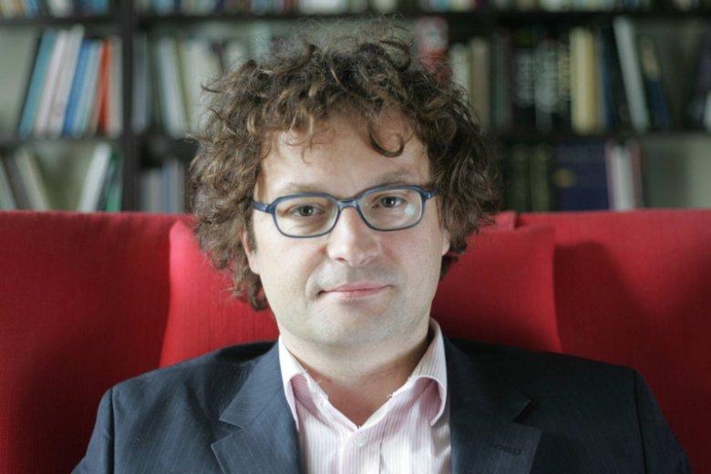 Prof. Bartoś o karze więzienia za prezerwatywy dla 14-latków: To jest tworzenie mentalności policyjnej