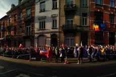 W Brukseli, a także w innych miastach Europy, protestowano w niedzielę na znak solidarności z Polakami.