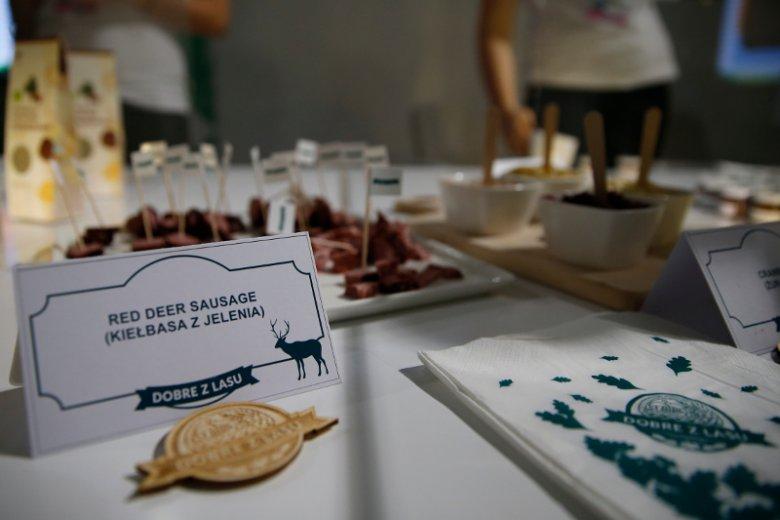 Mięso, które pojawiło się w menu konferencji oburzyło wielu przyjezdnych.